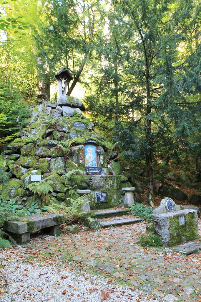 Lesní pobožnost Karlovy Vary