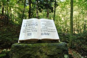 """""""Kniha"""" Karlovy Vary"""